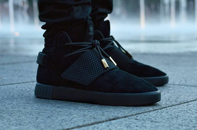 timeless design eefd7 9c4b2 Tubular Invader Strap x Foot Locker. With rope laces and ...