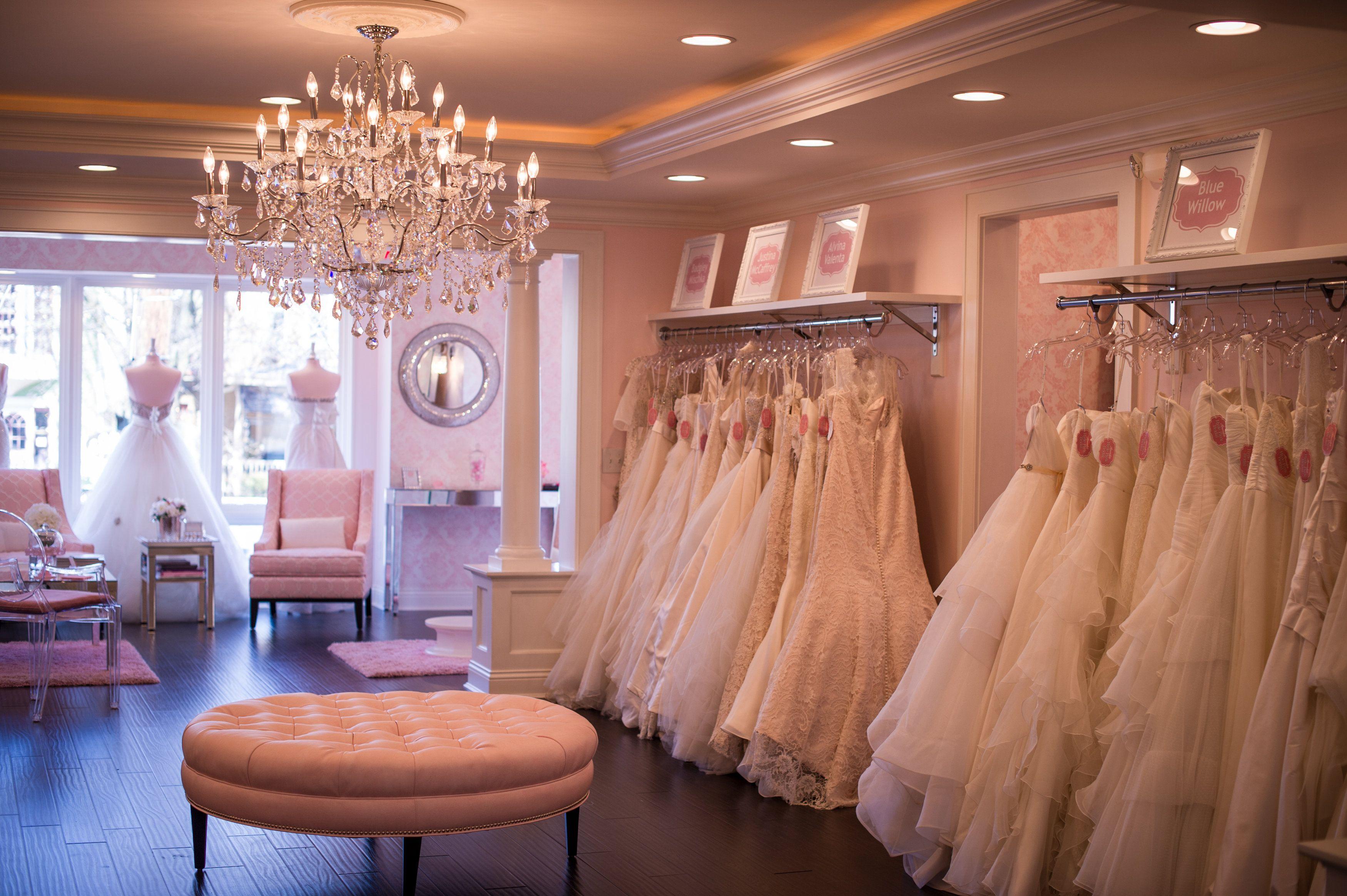 Hyde park bridal boutique cincinnati oh hydeparkbridal for Disenos para boutique