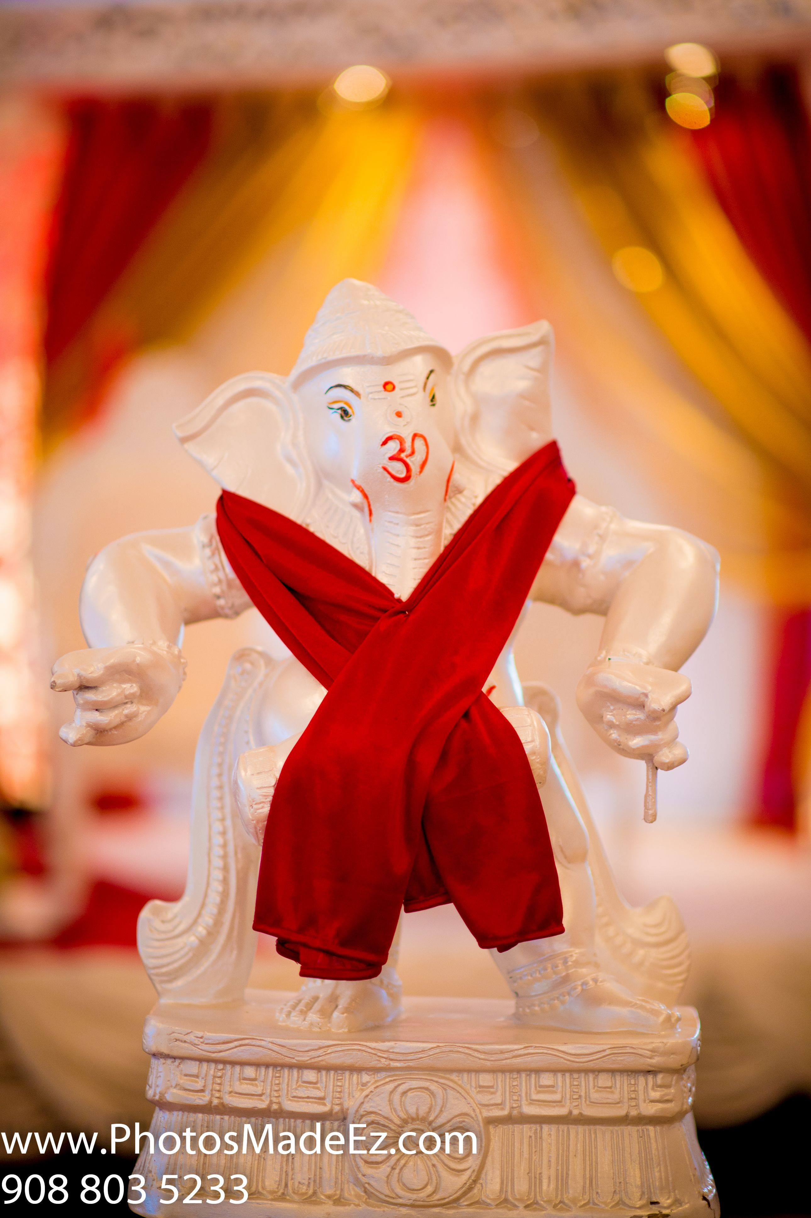 Ganesh in Gujarati Wedding Ceremony in Hilton, Stamford, CT with ...