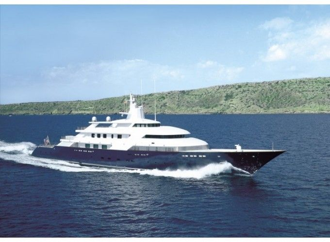 315 Motor Yacht Limitless Built By Lurssenyachts Owned By The