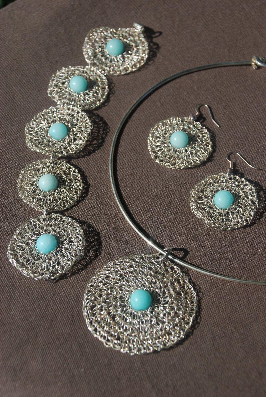 silver wire crochet pendant with amazonite bead by Sierelantijn