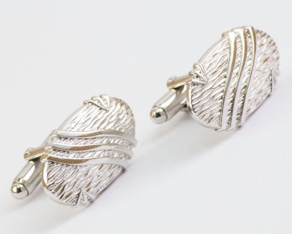 Vintage Cufflinks Organic Wood Patterned Silver by CuffsandClips, $19.40