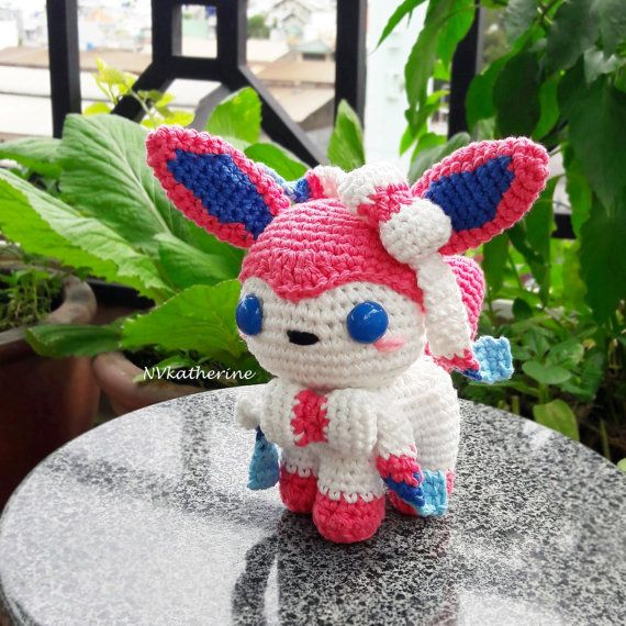 Crochet Eeveelutions Pokemon plush toy: Eevee Umbreon Espeon | Etsy | 570x570