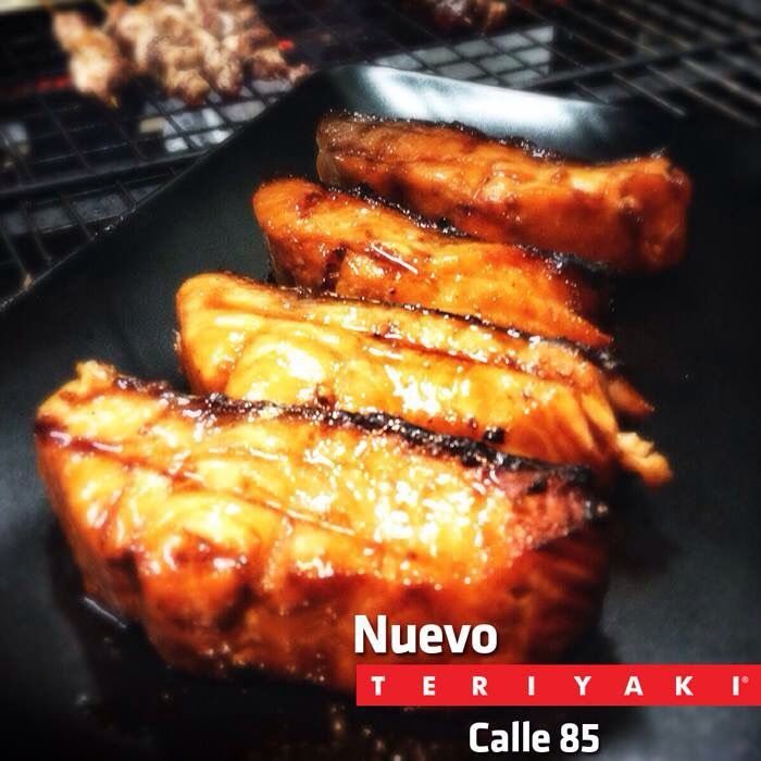 Tenemos un nuevo Mini Market Teriyaki disponible para ti! Ven y conócelo en la Calle 85 #12-44 donde podrás conseguir todos los productos que usamos en nuestros platos y lo más importante, uno de nuestros chefs te puede asesorar para que prepares una receta asiática increíble! Ven y #VivelaExperienciaTeriyaki!