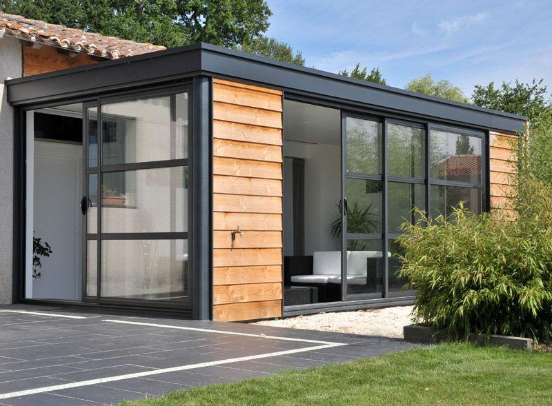 veranda vitre simple veranda en bois blanche toit vitre vue jardin with veranda vitre. Black Bedroom Furniture Sets. Home Design Ideas