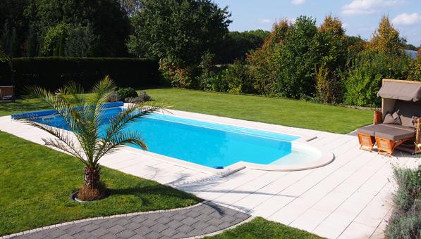 Fertiges selbst gebautes schwimmbad pool in 2019 pool for Schwimmbad im garten bauen