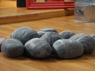 Alfombra imitacion piedra - Creemos con fieltro | Creemos con fieltro - Manualidades con fieltro