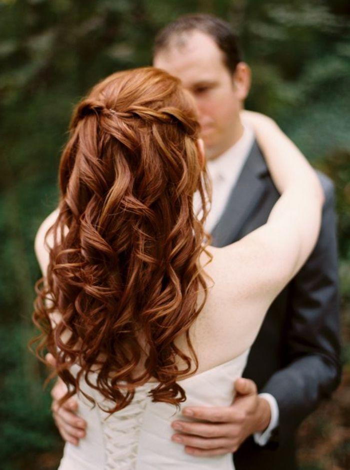 Fotos recogidos de novia pelo rizado
