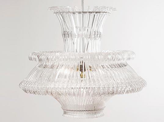 TankeTallerken: coat hanger chandelier