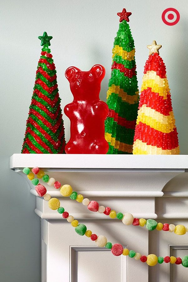 Turn candy into Christmas trees or garlands! Yum.