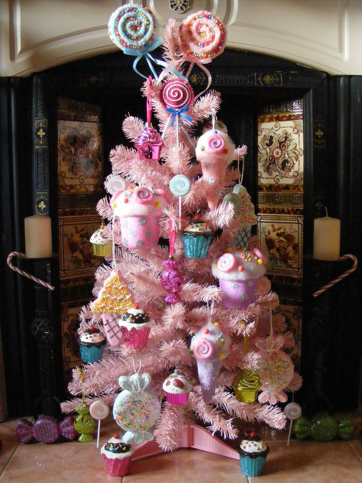 Candy Pink Christmas Tree with Cupcakes Lollipops Can s and Ice