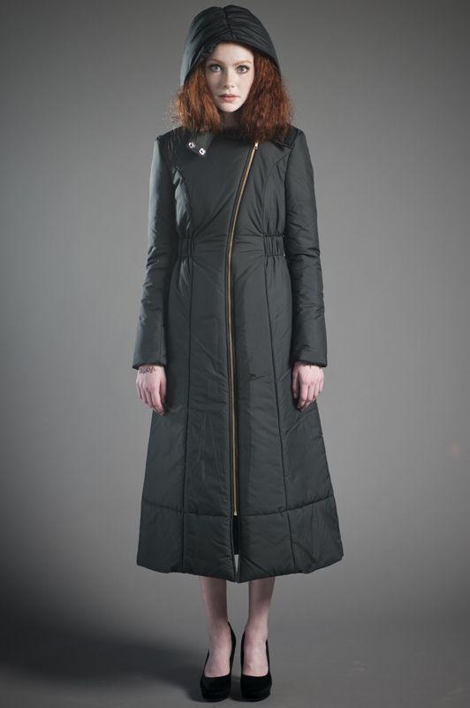 0069e5f7562 In my broke-ass dreams  Vaute Couture Lincoln coat.  vegan