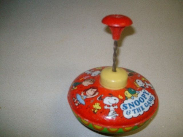 vtg 1966 Peanuts Snoopy & The Gang Metal Tin Spinning Top Toy Ohio Arts WORKS