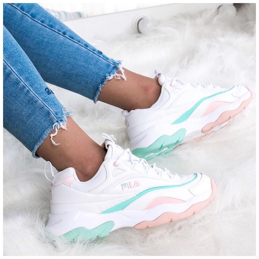 0d6ca839b91 sneakers for men. 🦄 FILA . . .  gomf  girlsonmyfeet