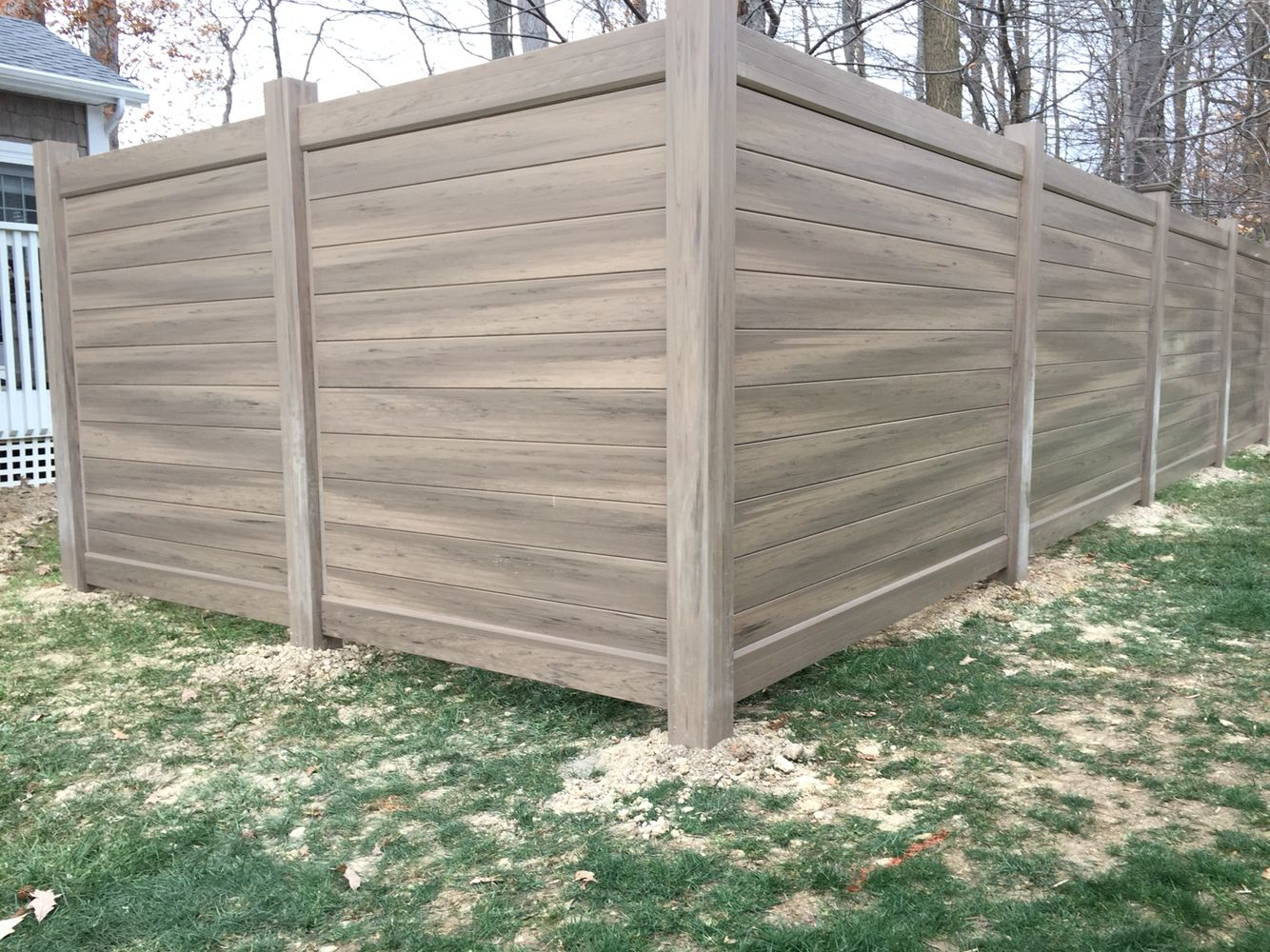 Our New Style Of Privacy Fence 6 Green Teak Pickets That We Ran Horizontally To Get True Wood Grain Look Awesome A Beautiful House