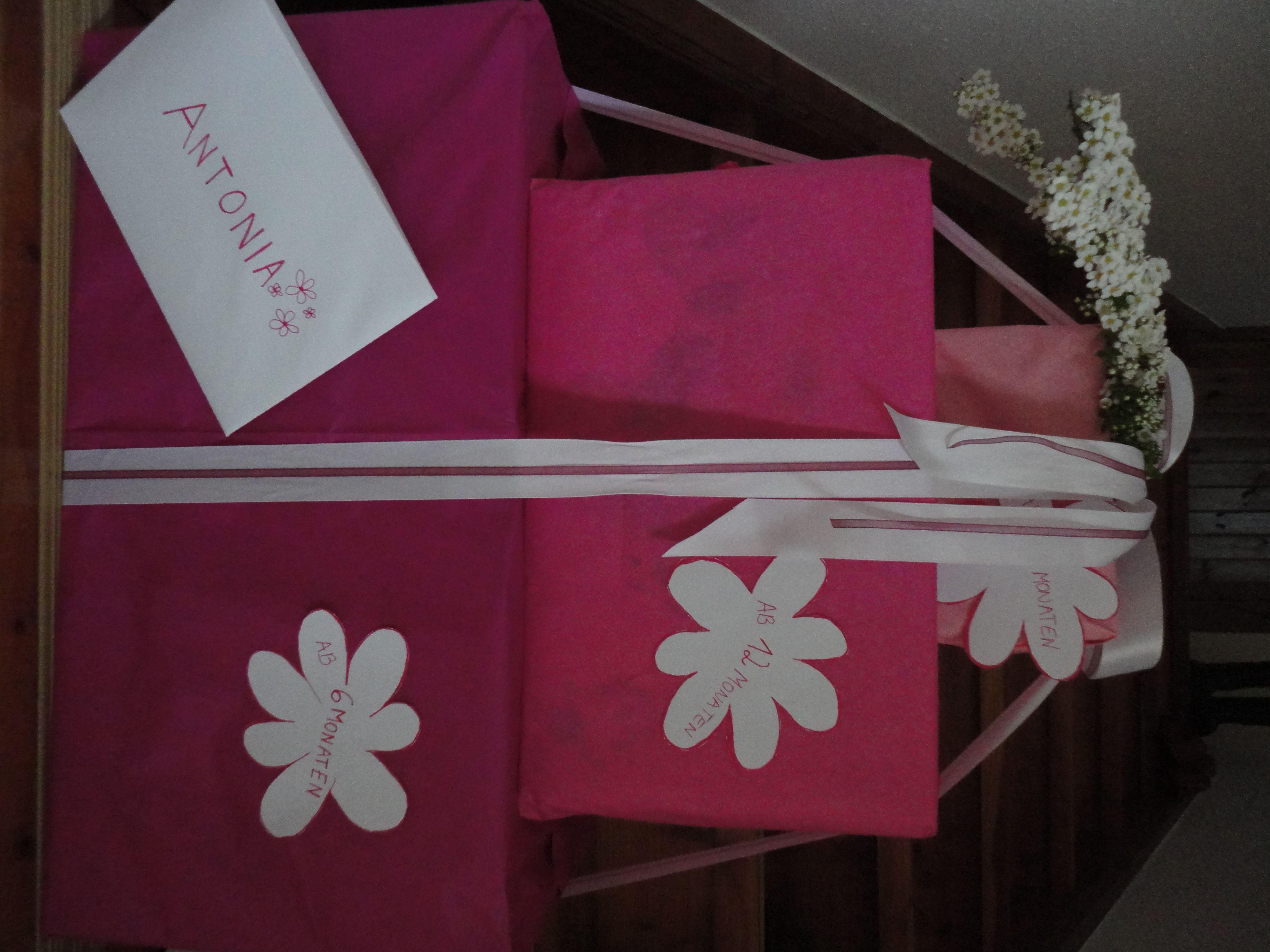 Verpackung: Baby-Geschenk-für Mädchen (für 6,12,18 Monate-in versch. Rosa-Tönen)