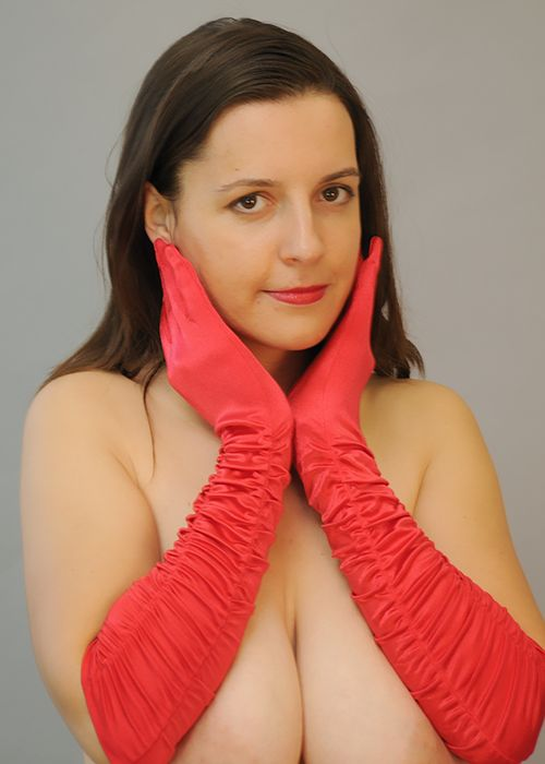 Leg Avenue Ruched Gloves From Brabarella Lingerie