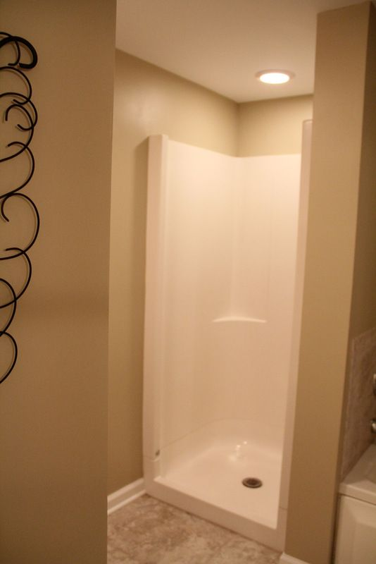 Great Stand Up Shower For The Small Bathroom, Use Curtain