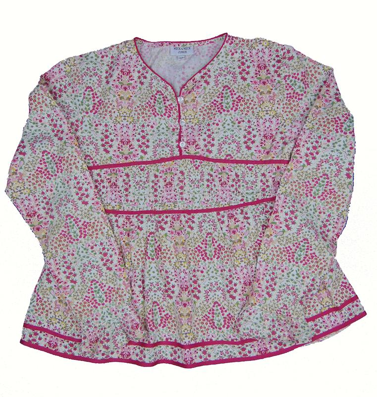 f357de26251 blusa de niña marca NECK NECK de 12 años en tienda de ropa para niña  supernueva de precios bajos Charamusco 6