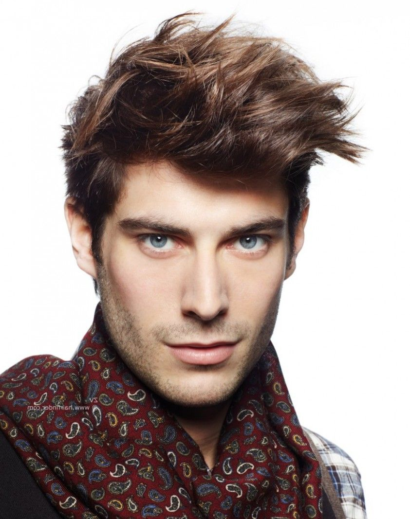 Pin By Friner Rivas On Mens Hairstyles Brown Hair Men Brown Hair With Blonde Highlights Hair Highlights
