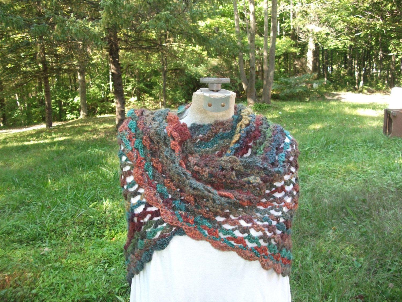 Beautiful+Wool+Blend+Shawl+by+SunwynsSundries+on+Etsy