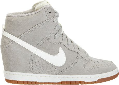 Opiáceo molécula Procesando  Nike White Dunk Sky Hi | Nike wedge sneakers, Nike dunks, Sneakers