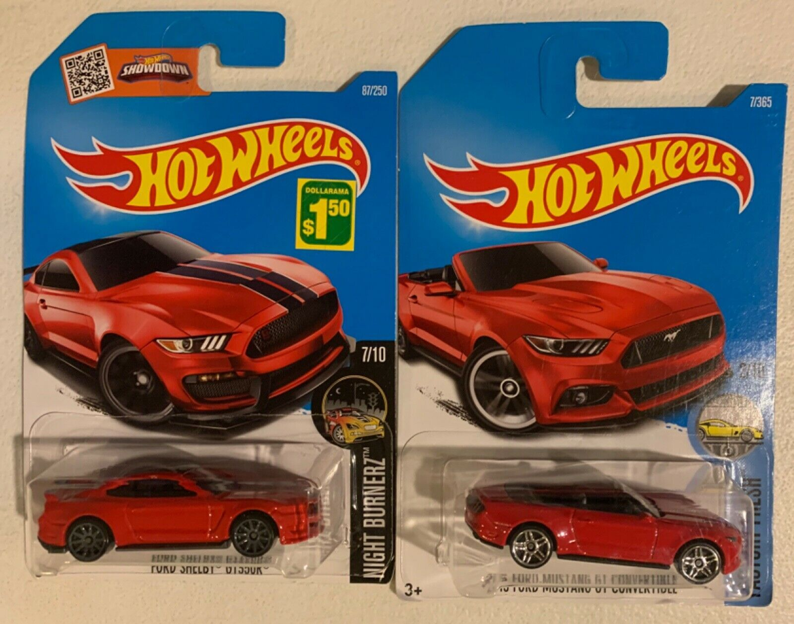Hot Wheels Ford Mustang Lot Of 2 2015 Shelby Gt350r And 2015 Convertible Shelby Gt350r Hot Wheels Ford Mustang