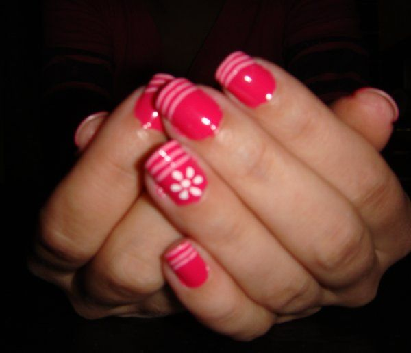 Simple nail polish designs at home just how to use nail polish tricks and guidelines for Nail design ideas to do at home