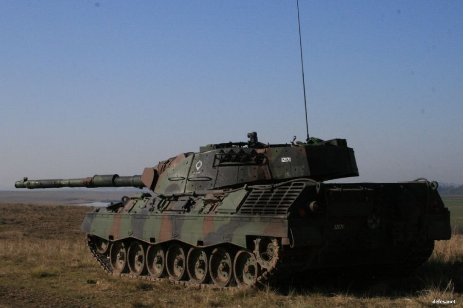 Leopard 1A5Br | Tanks military, Military vehicles, Battle tank