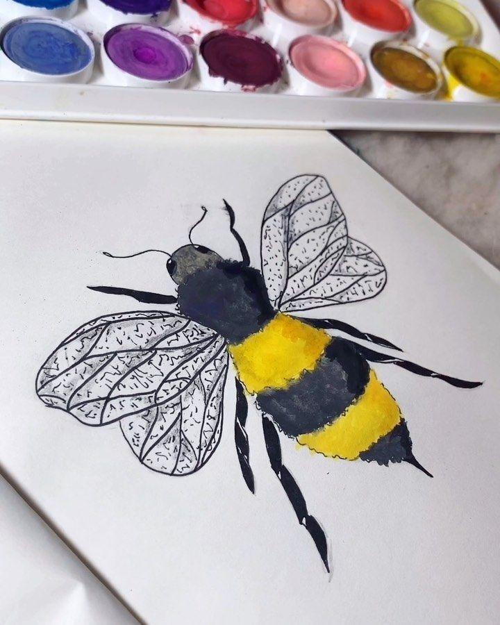 """Alice Dias on Instagram: """"Don't worry 🐝 happy 🎨 • • • • • • • • #aquarela #bee #instaart #instapainting #watercolor #instaarte #instapintura #instaillustration #art…"""""""