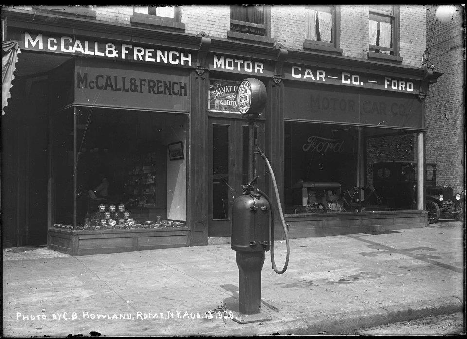 McCall & French Motor Car Co.1920 Socony Gas Rome, NY