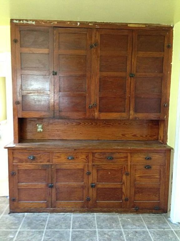 Lovely Built In Found In 1910 Saginaw Mi Home Wonder What Wood This Was Made Of Where Can I Buy This Toda Vintage Kitchen Victorian Kitchen Craftsman House