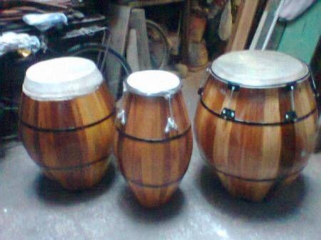 ¡Fabricación de instrumentos de percusión publicado en Vivavisos! http://instrumentos-musicales.vivavisos.com.ar/articulos-musicales+boca/intr-de-percusion-y-tambores-de-candombe-nuevos/52712778