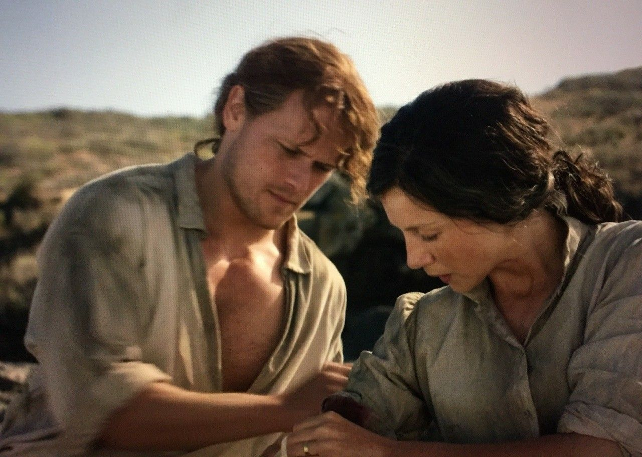 Jamie and claire on the beach outlanderstarz season 3 voyager jamie and claire on the beach outlanderstarz season 3 voyager episode 311 uncharted fandeluxe Gallery