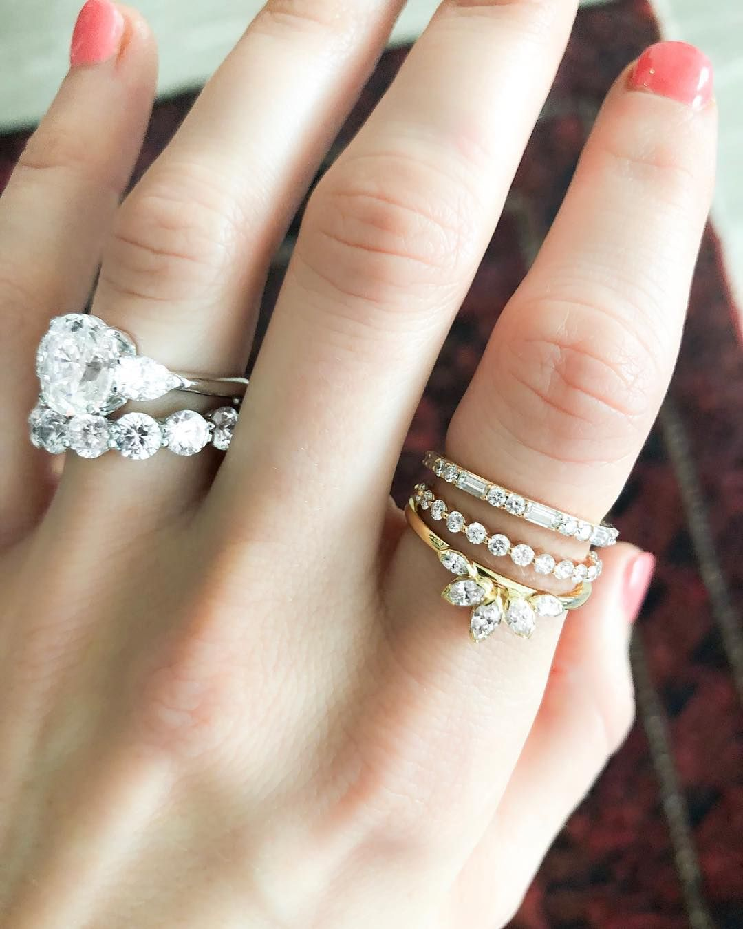Loving the way this pointer finger stacking ring set looks