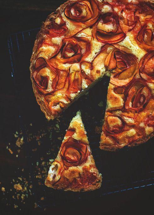 Nectarine Frangipane Tart + recipe #summerrecipe #nectarine
