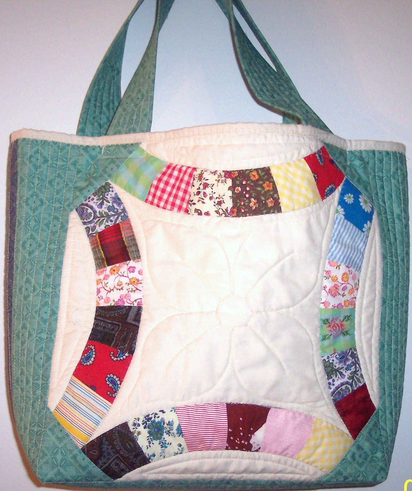 Scrap quilt double wedding ring tote bag Made by Lee McCoy My