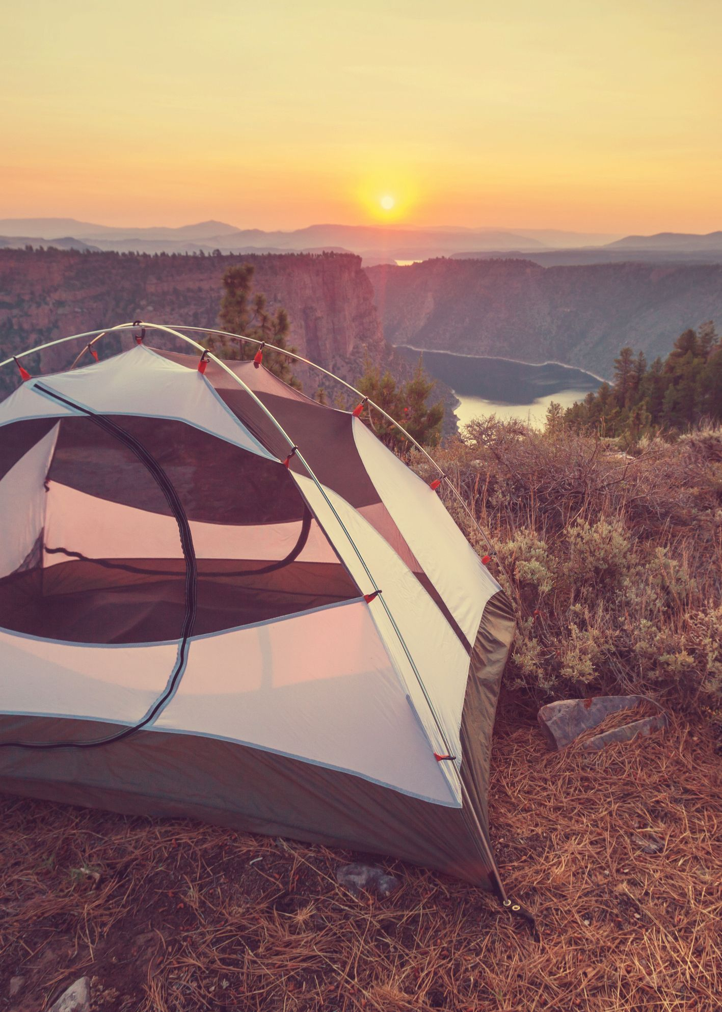Complete Camping Essentials Checklist | Winter camping ...