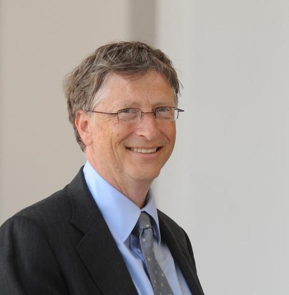 Bill Gates, Power Of Social Media, The Giving