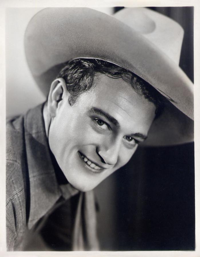 JOHN WAYNE 1932