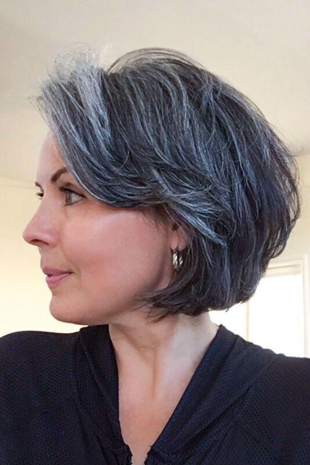 Cheveux gris 55 coiffures qui ne font pas mamie em 2019