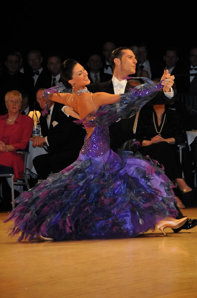 A Dancer S Body Is Developed Through Anaerobic Activity Plyometrics Weights And Sprinting Are Better Than Dancers Body Ballroom Dance Dresses Dance Dresses