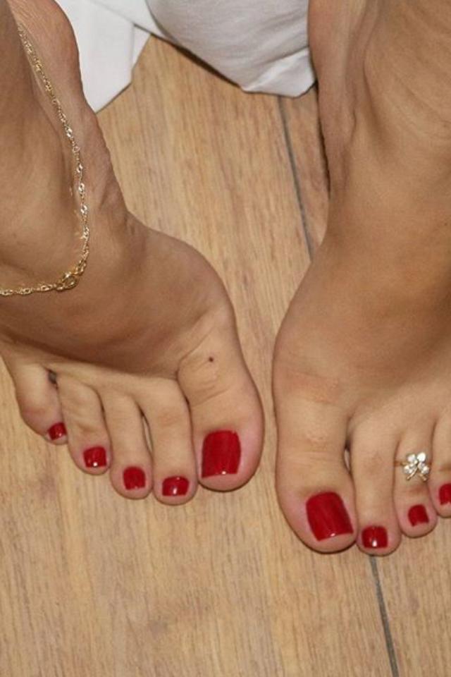 Jessica biel clit piercing
