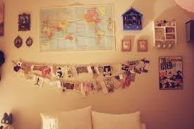 Linda y fácil idea de decorar con tus recuerdos y/o fotos, solo con una cuerda en la pared