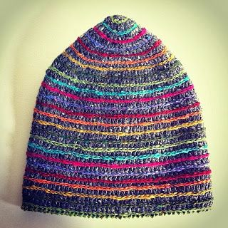 Special hat called Puup. Designed and made by Wieke van Keulen. Free (Dutch) pattern