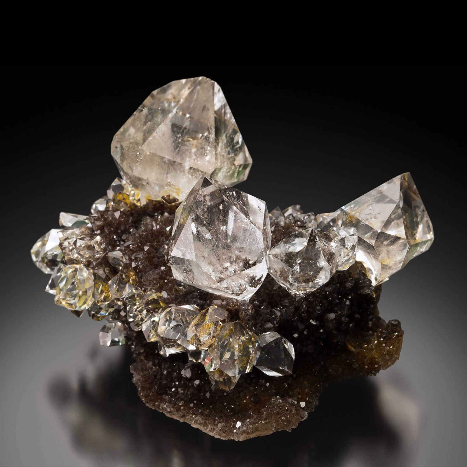 Алмазы в природе фото