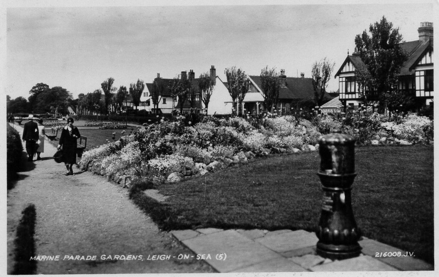 Marine Parade Gardens, LeighonSea c1930s. Leigh on sea