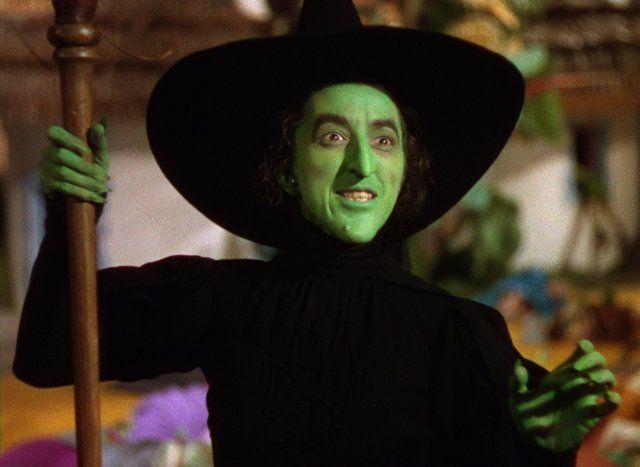 Pin De Eve Bare Smith En There S No Place Like Home Mago De Oz Personajes Mago De Oz Maquillaje De Bruja