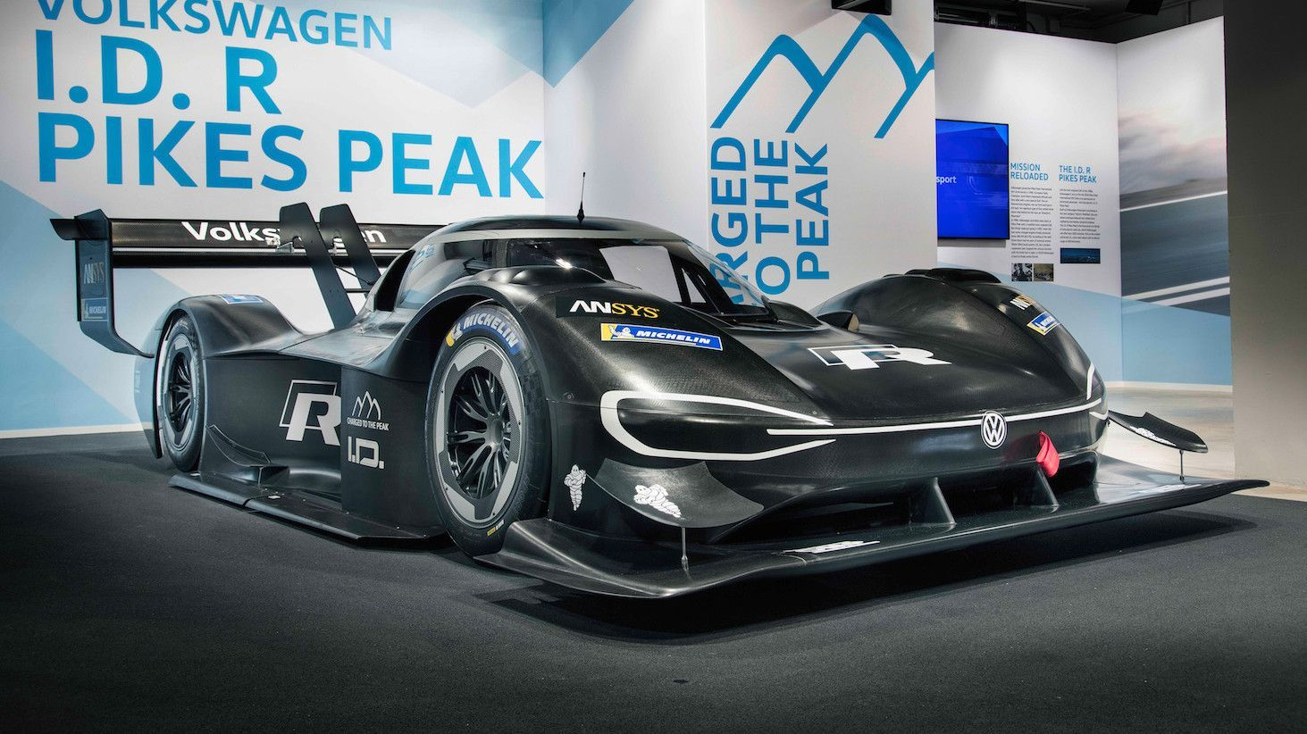 Volkswagen Uses 3dprinting For Pikes Peak Hill Climb Supercar Electric Race Car Set Pikes Peak Volkswagen