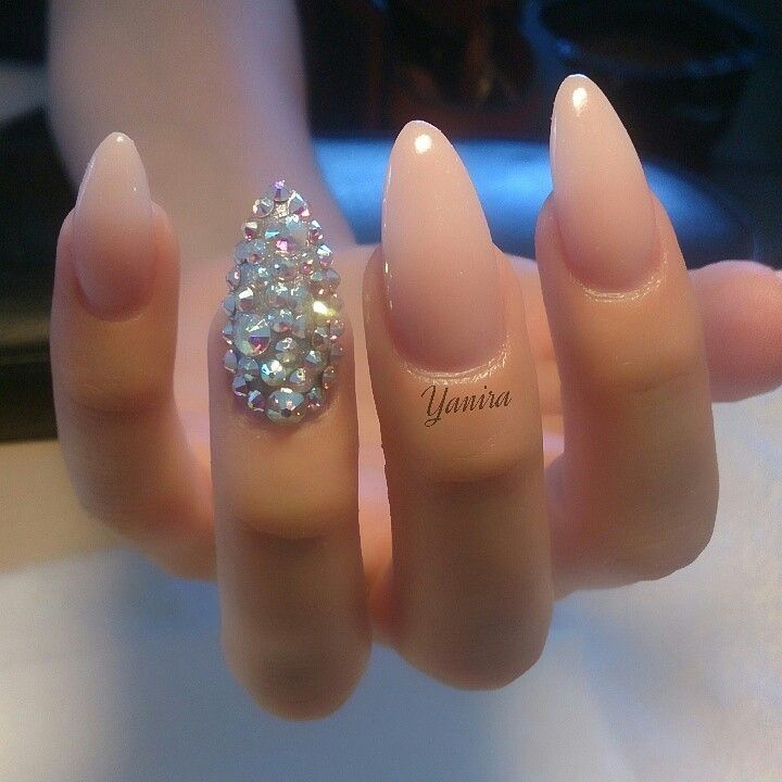 Nude almond nails with swarovski | Nails | Pinterest | Uñas con ...